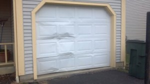 replace-broken-garage-door-panels-New-Haven